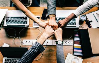 【集合研修の目的2】社員同士のコミュニケーション・意見交換
